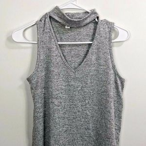 Cloud Chaser Tank Top Size S Choker Tank Grey Side